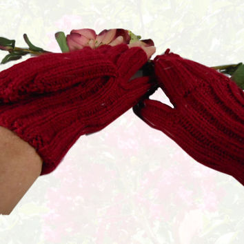 Women's Convertibles Hand Knit Cranberry Hobo Gloves Mittens
