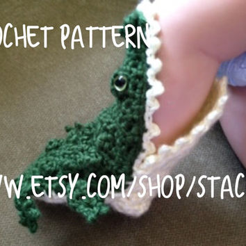 Crochet PATTERN for Alligator Socks- Baby, Child, and Adult Sizes
