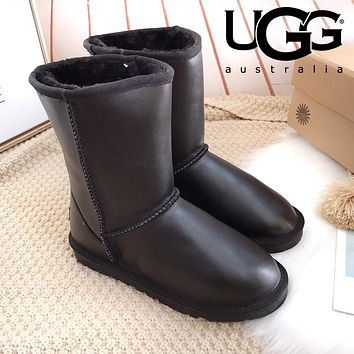 UGG Popular Women Men Classic Leather Shoes Boots Winter Warm Half Boots Shoes Black