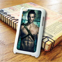 Arrow Oliver iPod Touch 4 Case