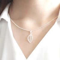 Leaf Necklace, Leaf Cutout Necklace, Leaf Jewelry, Silver Leaf Necklace, Sterling Silver, Nature Jewelry, Nature Necklace, Leaf Pendant