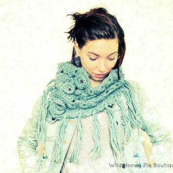Crochet Cowl - Broomstick Lace - Grey Blue Cowl - 100% Wool - Peacock's Eye Crochet - Jiffy Lace Cowl