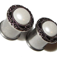 "Pretty Pearl Plugs - 1 Pair - Sizes 2g, 0g, 00g, 7/16"" & 1/2"""