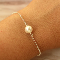 Sterling silver bracelet with Swarovski pearl in a gift box bridal wedding party gift for bridesmaids, maid of honor, best friend
