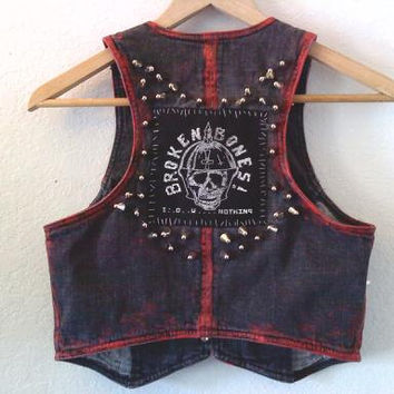 Broken Bones / Punk Vest / Denim / Band / 80s / London / England / Skull / Street Style / Festival / Summer
