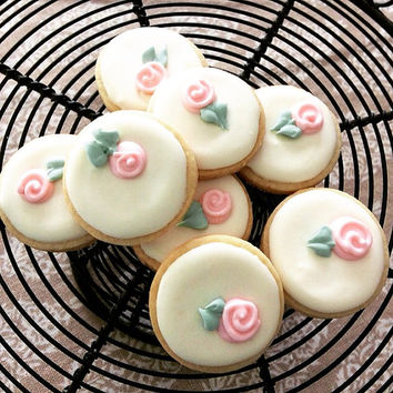 Iced Shortbread Cookies - Small Flowered Buttons (One Dozen)