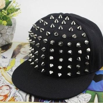 2015 New Fashion Punk Rock Hip Hop Silver Rivet Stud Spike Spiky Hat Cap Baseball Cap (color: Black)