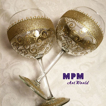 GOLD Anniversary Glasses. GOLD Wedding Glasses. Gatsby Wedding. Couple gift. Gold Filigree Collection. Set of 2 Red Wine Gold Glasses.