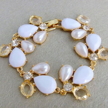 2013 J. Crew Style Inspired Classic Flower Resin Pearl Wedding Party Bridal Statement Bracelet girls bracelet/ summer  FashionTrends