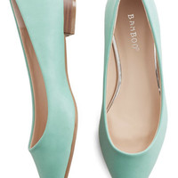 ModCloth Pastel Follow the Arrow Flat in Mint
