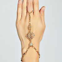 Maisy Filigree Detail Hand Harness
