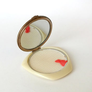 Ivory powder case with mirror. Vintage compac powder holder 50s. Retro powder case made from Bakelite and German silver.
