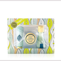 b.right! Radiant Skincare by Benefit intro kit > Benefit Cosmetics