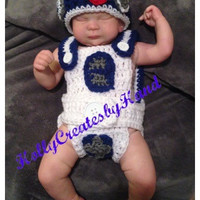 Crochet Star Wars R2D2 photo prop, Star Wars costume, R2D2 photo prop, Baby Shower Gift. READY TO SHIP - Several sizes available