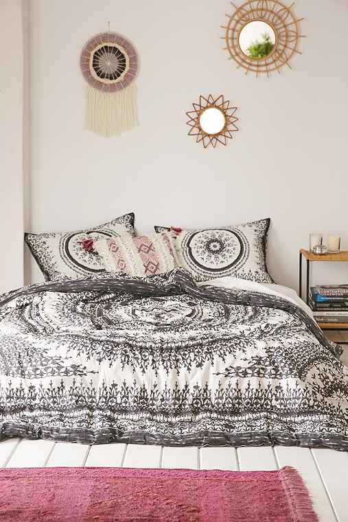 xl bedding bed quilt tapestry medallion lennon shopping maisy twin pbteen
