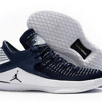 Nike Air Jordan 32 XXXII Retro Low Navy/White Sneaker