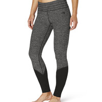 The North Face Women's Pants & Shorts Yoga Pants WOMEN'S MOTIVATION LEGGINGS