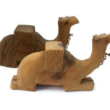 Vintage Hand Carved Wooden Camel Figurines - Pair Set of Two Sitting Camels Knick Knacks - Handcarved Natural Wood Animals