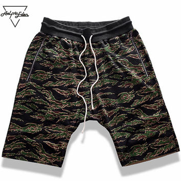 Shorts Men Summer Jogger Short Sweatpants Vogue Hip Hop Cross shorts Loose Knee Length Casual Shorts