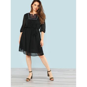Plus Size Black Tribal Embroidery Front Tassel Tied Back Dress