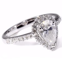 Luxurious 1ct Pear Cut Engagement Wedding Lab Grown Moissanite Diamond Ring