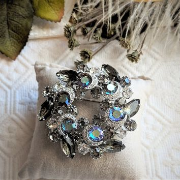 Vintage Silver Smoky Gray Purple Faceted Crystal Crescent Moon Wreath Style Brooch