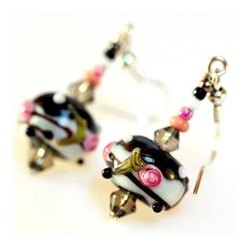 Artisan Lampwork glass Earrings  Pink Roses Black by MADEbyMADA