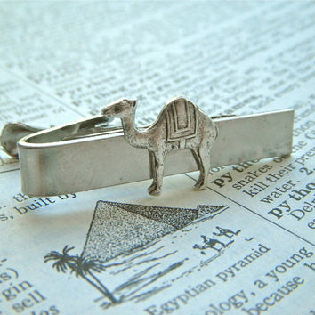 Camel Tie Clip Silver Plated Vintage Inspired Steampunk Style Metal Tie Bar Unique Exotic Men's Accessories From Cosmic Firefly