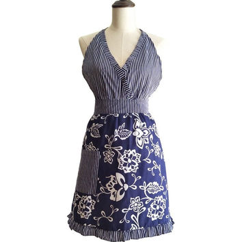 BLUE FLORAL DAMASK V-NECK RETRO KITCHEN APRON WOMEN VINTAGE APRON AVENTAL DE COZINHA DIVERTIDO TABLIER CUISINE PINAFORE APRON