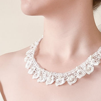 Wedding Necklace Bridal Lace Embroidery Off White Pearls Necklace Wedding Jewelry Bridal Jewellery Beadwork Crochet Jewelry ReddApple