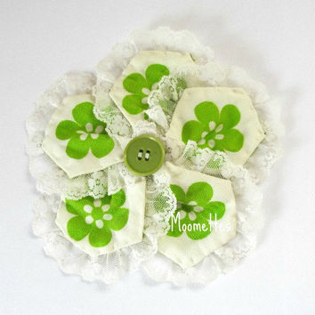 Quilted Large Fabric Hair Clip Floral Flowers Green Button White Lace Trim Photo Prop Girls Barrett Hair Accessories Handmade
