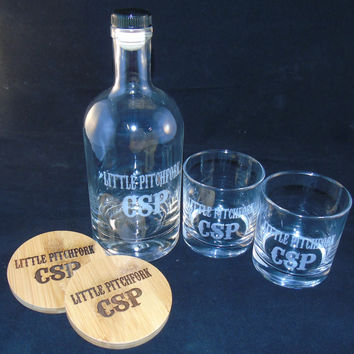 Red Head Barrels Engraved Bourbon Bottle, Whiskey Glasses + Coasters Gift Set (Exclusive)