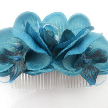 Rock Rockabilly Pin up Teal Blue Triple Orchid Bridal hair flower comb fascinator