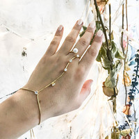 Gold Pearl hand chain bracelet, slave Bracelet, ring and bracelet connected, chain hand jewelry, bridal bracelet, hand chain, chain and link