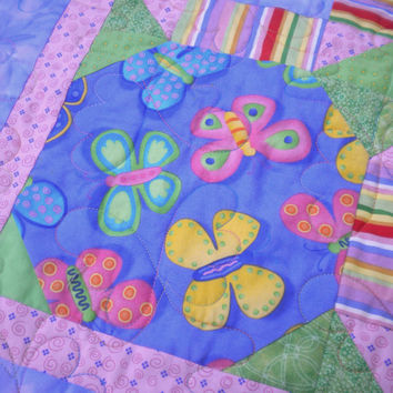 Butterfly Baby Quilt, pink and purple girls quilt, butterfly themed nursery, bright baby quilt, rainbow quilt, bright baby bedding