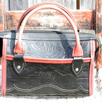 Vintage Mexican Tooled Leather Purse with Horse Design