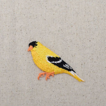 Yellow Finch - Goldfinch - Facing Left - Black Wings - Bird - Iron on Applique - Embroidered Patch - 1123149-A