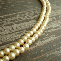 Vintage Ivory Glass Pearl Necklace, Champagne Choker, Dainty Single Strand Faux Pearl Necklace, Simple Estate Necklace, Bridal Jewelry