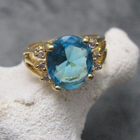 Vintage Blue Ring Stunning Large Stone R3963