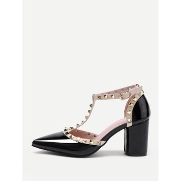 Rockstud Decorated Point Toe Heeled Shoes