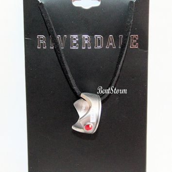 Licensed cool Riverdale Jughead Jones Crown Pendant Ring Necklace Faux Gem Black Cord Licensed