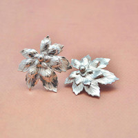 Vintage Silver Tone Flower Floral Maple Leaf, Clip On Non Pierce Earrings, Sarah Coventry, Womens Estate Nature Jewelry, Gardener Gift Her