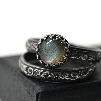 Labradorite Ring, Wedding Set, Renaissance Style Engagement Ring, Set of Two, Natural Gemstone Ring, Oxidized Silver Labradorite Jewelry