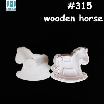 2015   - 3D wooden horse design cake mould cookies mold Biscuit Stamp cake decorating tools baby party