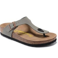 Men's and Women's BIRKENSTOCK sandals  Gizeh Birko-Flor Patent 632632288-024