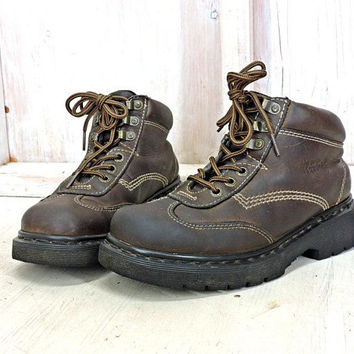 Dr Martens   UK 7 / mens 8 /  womens 9.5 / made in England / vintage 80s Doc Martens /  AW004  / hiking work boots / lace up ankle boots