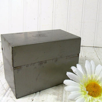 Vintage Ohio Art Co. Grey Metal Recipe Box - Mid Century Standard Desk Top File Organizer - Retro Card Catalogue Holder Includes Alpha Tabs
