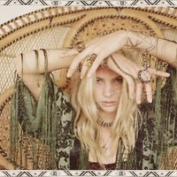 Love by the Moon « Spell & the Gypsy Collective.