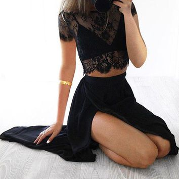 Two Pieces Black Long Sleeve Lace Prom Dresses
