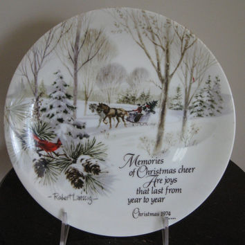 Christmas Plate Winterscene Series Commemorative Edition Porcelain dated 1974 Robert Laessig